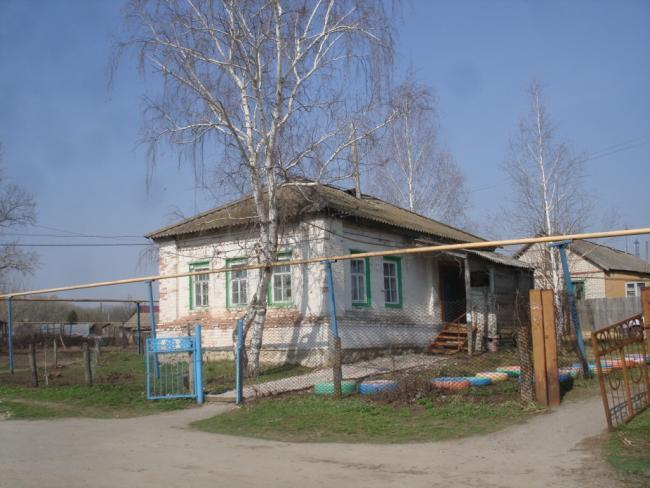 Здание Сосновского ФАП. в 50-е годы здесь располагался сельский совет
